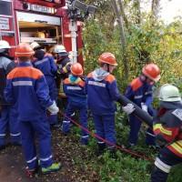 2017-10-06_Unterallgaeu_Zell_Jugend_Feuerwehr_THW_BRK_JUH_Uebung_Feuerwehr-Zell_new-facts-eu_0069