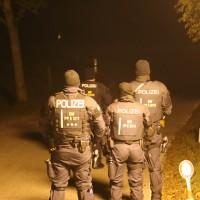 2017-10-07_Ravensburg_Aichstetten_Seibranz_Treherz_Skinhead_Rechts_Geburtstagsfeier_Polizei_Poeppel_0058