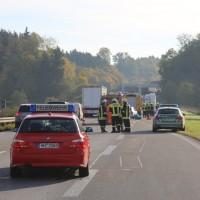 2017-10-13_A96_Stetten_Mindelheim_Unfall_2-Pkw_Lkw_Feuerwehr_Poeppel^-0003
