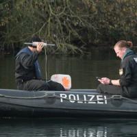 2017-10-26_Unterallgaeu_Pfaffenhausen_Polizei-Taucher_Vermisstensuche_Leichenfund_Poeppel-0010