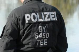 2017-10-26_Unterallgaeu_Pfaffenhausen_Polizei-Taucher_Vermisstensuche_Leichenfund_Poeppel-0022