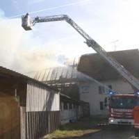 2017-11-04_Ravensburg_Wangen_Leupolz-Bauhof_Brand-Landwirtschaft_Feuerwehr_Poeppel_0019