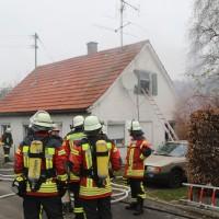 2017-11-17_Unterallgaeu_Wolfertschwenden_Zimmerbrand_Feuerwehr_Poeppel_0006