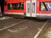 2017-12-01_Unterallgaeu_Breitenbrunn_Pkw_Regionalzug_Feuerwehr_Poeppel20171201_0005