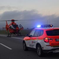 2017-12-24_A7_Groenenbach_Woringen_Unfall_schwer_Feuerwehr_Poeppel_0024