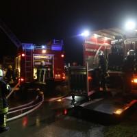 2017-12-24_Unterallgaeu_Altisried_Großbrand_Gebaeude_Feuerwehr_Poeppel_0016