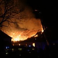 2017-12-24_Unterallgaeu_Altisried_Großbrand_Gebaeude_Feuerwehr_Poeppel_0061