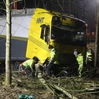 A96_Mindelheim_Stetten_Lkw-Unfall_Bergung_Nacht_Poeppel_0082