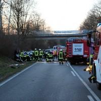 2018-02-04_B312_Berkheim_Edenbachen_Frontalzusammenstoss_zwei_Tote_Feuerwehr_Poeppel_0002