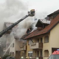 2018-02-22_Wangen_Allgaeu_Brand_Mehrfamilienhaus_Feuerwehr_Poeppel_0013