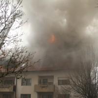 2018-02-22_Wangen_Allgaeu_Brand_Mehrfamilienhaus_Feuerwehr_Poeppel_0022