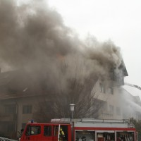 2018-02-22_Wangen_Allgaeu_Brand_Mehrfamilienhaus_Feuerwehr_Poeppel_0030