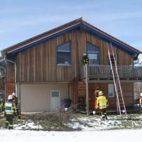 2018-03-05_Bibeach_Kirchdorf_Brand_Fassade_Feuerwehr_0011