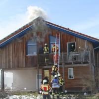 2018-03-05_Bibeach_Kirchdorf_Brand_Fassade_Feuerwehr_0033