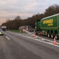 2018-04-10_A96_Aitrach_Memmingen_Lkw-Unfall_Bergung_Polizei_0002