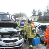 2018-04-13_A96_Aitrach_Memmingen_UNfall_Stau_Feuerwehr_0013