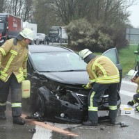 2018-04-16_A96_Aitrach_Memmingen_Unfall_0011