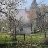2018-04-20_Memmingen_Buxach_Brand_Schuppen_Feuerwehr_0010