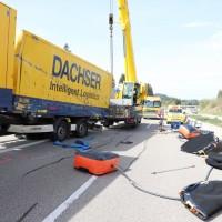 2018-04-23_A7_Nesselwang_Fuessen_Lkw-Unfall_Polizei_0006