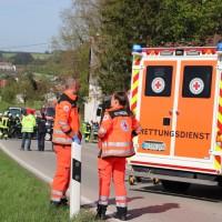 2018-04-24_Ostallgaeu_Oberguenzburg_Frontal_Unfall_schwer_Feuerwehr_0004