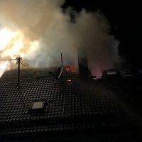 2018-05-30_Biberach_Waldenhofen_Dachstuhlbrand_Feuerwehr_0011
