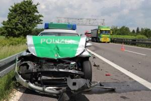 2018-0524_A7_Berkheim_Memmingen_Unfall_Polizeifahrzeug_Tankzug_0003