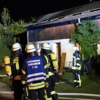 2018-07-11_Biberach_Berkheim_Brand_Stall_Feuerwehr_Poeppel_0014