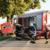 2018-07-31_Oberallgaeu_Lauben_OA19_Transporter_Baum_Feuerwehr_0004