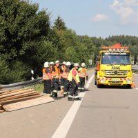 2018-0725_A96_Kohlbergtunne_Erkheim_Unfall_Feuerwehr_0009