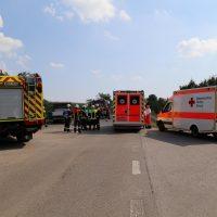 Unfall Mindelheim Gernstall Cabrio Kleinlaster gerammt Bringezu 03.08 (2)