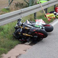 2018-09-02_B300_Heimertingen_Niederrieden_Motorrad_Lkw_Unfall_Feuerwehr_00022