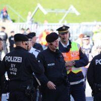 2018-09-30_Unterallgaeu_Ottobeuren_AFD_Bunt_DEMO_Polizei_00011