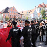 2018-09-30_Unterallgaeu_Ottobeuren_AFD_Bunt_DEMO_Polizei_00054