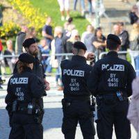 2018-09-30_Unterallgaeu_Ottobeuren_AFD_Bunt_DEMO_Polizei_00087