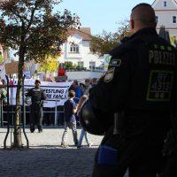 2018-09-30_Unterallgaeu_Ottobeuren_AFD_Bunt_DEMO_Polizei_00122