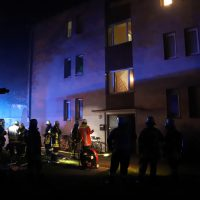 2018-10-11_Memmingen_Mehrfamilienhaus_Kellerbrand_Feuerwehr_Poeppel20181011_0012