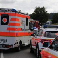 2019-08-10_B30_Biberach_Oberessedorf_Frontalzusammenstoss_toedlich_Unfall_Feuerwehr_Poeppel_0004