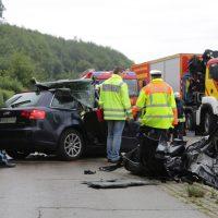 2019-08-15_B19_Kempten_Waltenhofen_Hegge_Unfall_frontal_Feuerwehr_Poeppel_0011