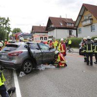 2019-08-15_B19_Kempten_Waltenhofen_Hegge_Unfall_frontal_Feuerwehr_Poeppel_0024