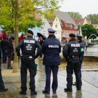 2019-10-05_Memmingen_Schrannenplatz_Demo_AfD_PolizeiDSC00026