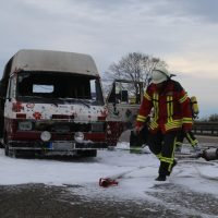2019-11-23_A7_Groenenbach_Dietmannsried_Transporter_brand_FeuerwehrIMG_2078