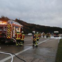 2019-11-23_A7_Groenenbach_Dietmannsried_Transporter_brand_FeuerwehrIMG_2091