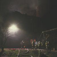 2019-11-23_Aitrach_Ruine_Brand-Dachstuhl_Kamin_FeuerwehrIMG_2093