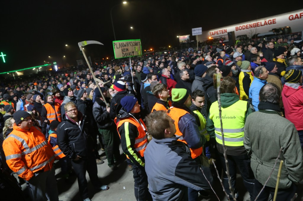 2019-12-05_Memmingen_Demonstration_Landwirte_Schleper_Traktoren_PoeppelIMG_2327