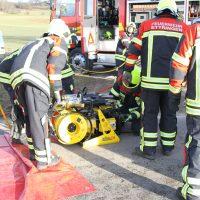 2020-01-09_Unterallgaeu_Tussenhausen_Unfall_Feuerwehr_BringezuIMGL1919
