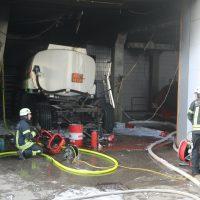 2020-01-17_Kempten_Brand_Werkstatt_Tankwagenanhaenger_FeuerwehrIMG_5165