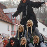 20200112_Erolzheim _11Narrensprung_Feifel-weib_Biberach_Poeppel_0013