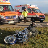 2020-02-16_biberach_Tannheim_Egelsee_L300_Motorrad-Unfall_Feuerwehr_IMG_6186