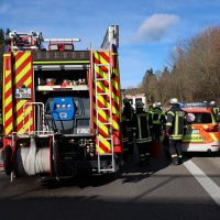 2020-02-26_A96_Stetten_Erkheim_Unfall_Feuerwehr_Bringezu (19)