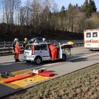 2020-02-26_A96_Stetten_Erkheim_Unfall_Feuerwehr_Bringezu (27)